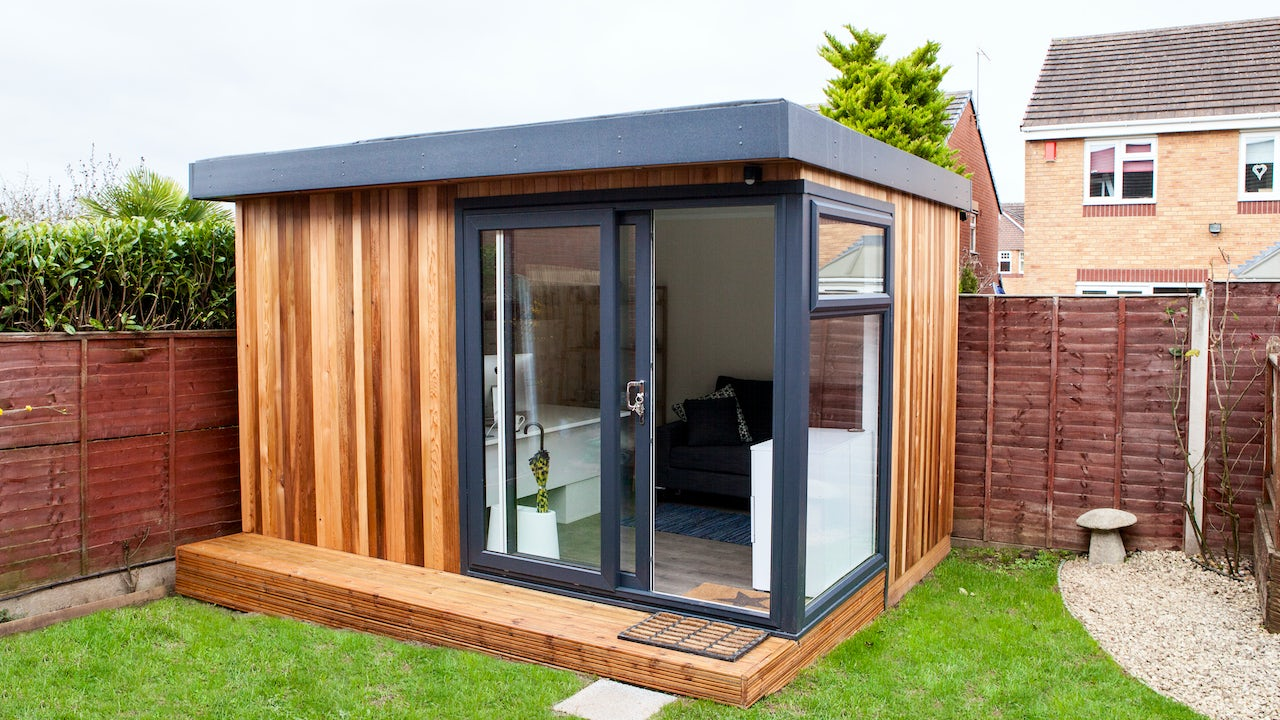 Cabin master 39 s gallery explore our work for Timber garden rooms